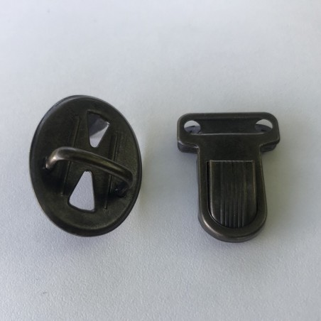Fermeture cartable laiton vieilli 21*30mm ovale